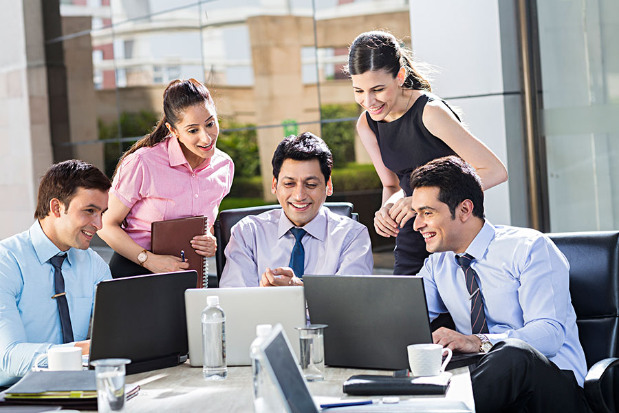 How to Improve Your Employee Communication to Keep Your Workers Happy